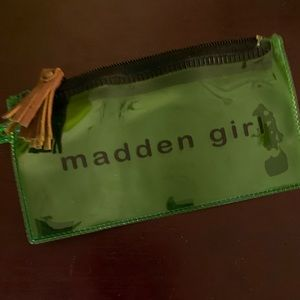 Madden Girl Pouch